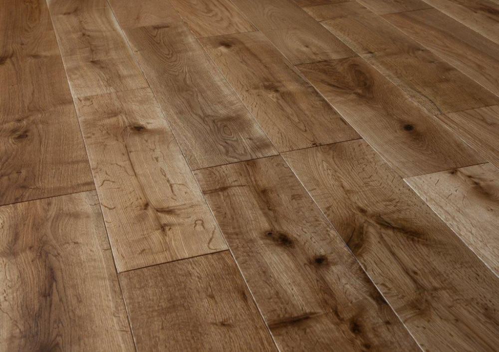 wooden-flooring-18x150mm-Lacquered-Oak